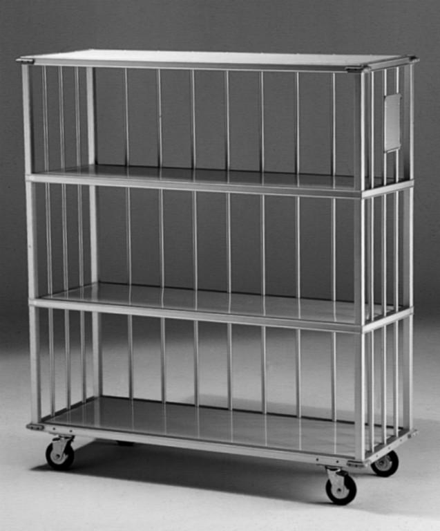 Convertible shelves on an open cart